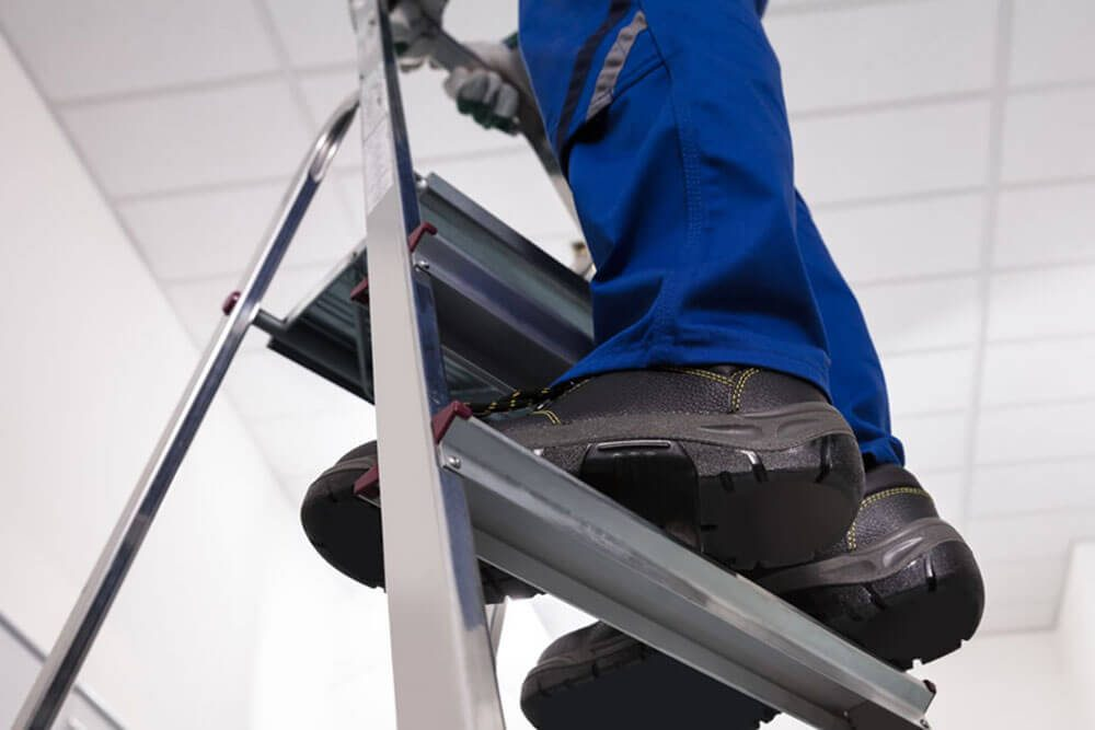 Top 10 Best Ladders for Home in the Market: Product Review & Buying Guide
